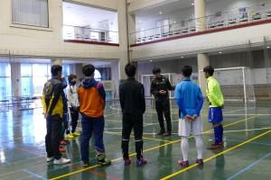 関コーチと2016年度新入生